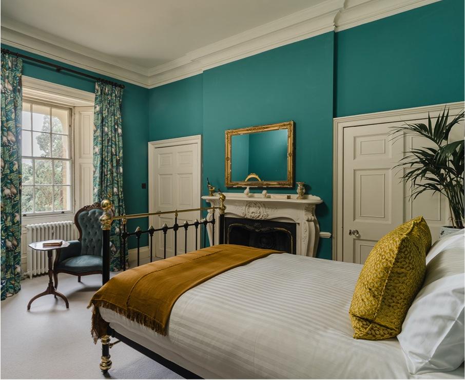 William offers premium accommodation in the Hampshire area.