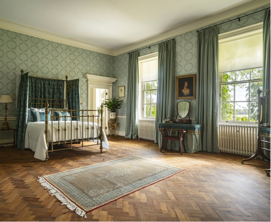 Hermione offers luxury family accommodation in Hampshire.