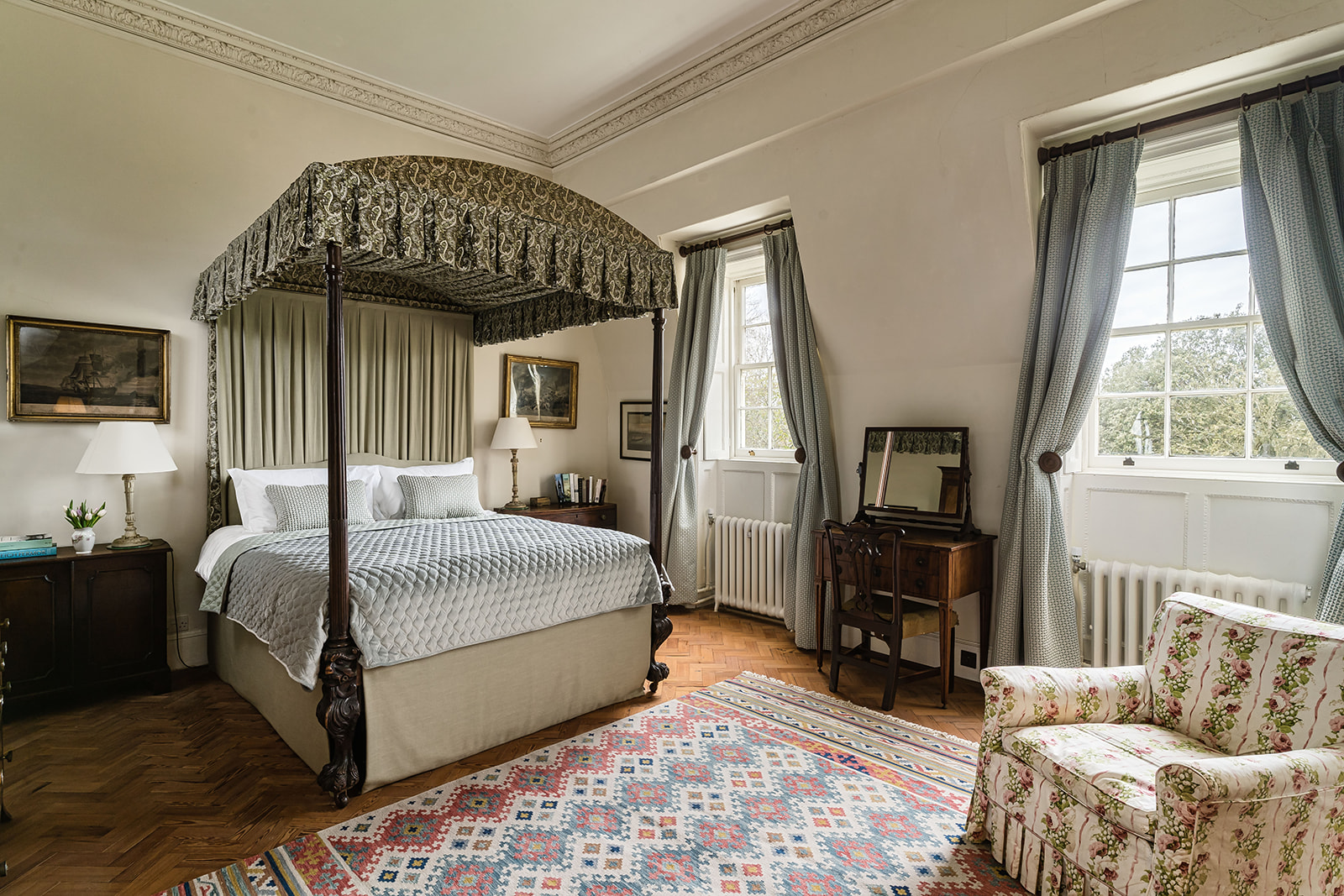 Sophie offers luxury accommodation in Southampton.